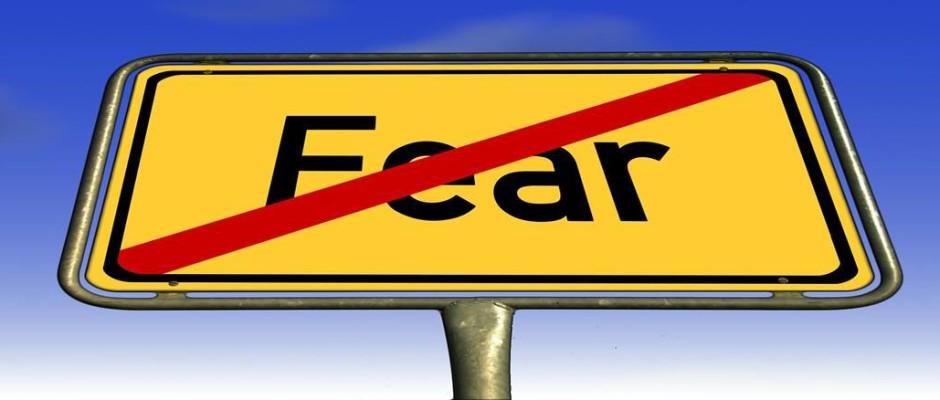 No Fear sign